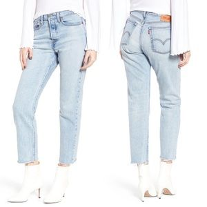Levi's Wedgie Fit Straight Raw Hem Light Wash Jean